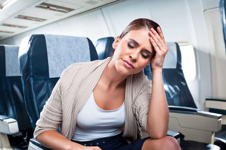 Como evitar enjoo durante uma viagem