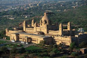Os castelos que são hotéis luxuosos