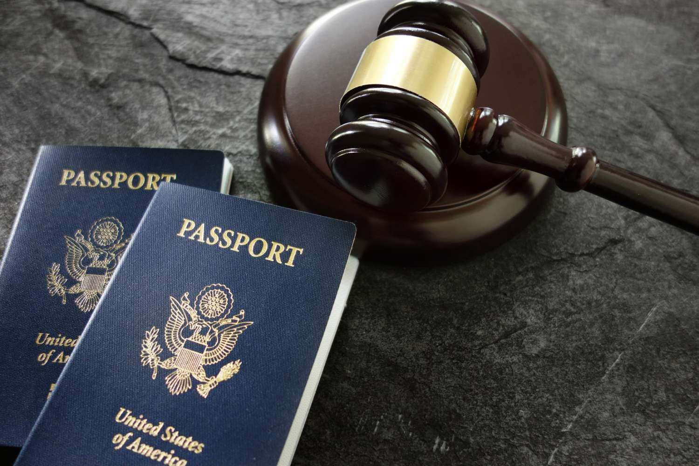 """Como evitar a """"salinha"""" da imigração americana"""