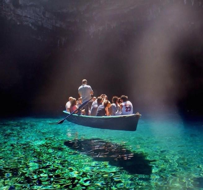 Lago Melissani, Ilha Grega de Cefalônia
