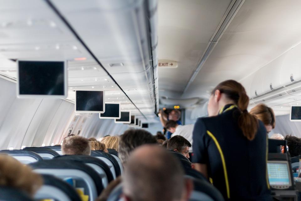 Como evitar mal-estar no avião