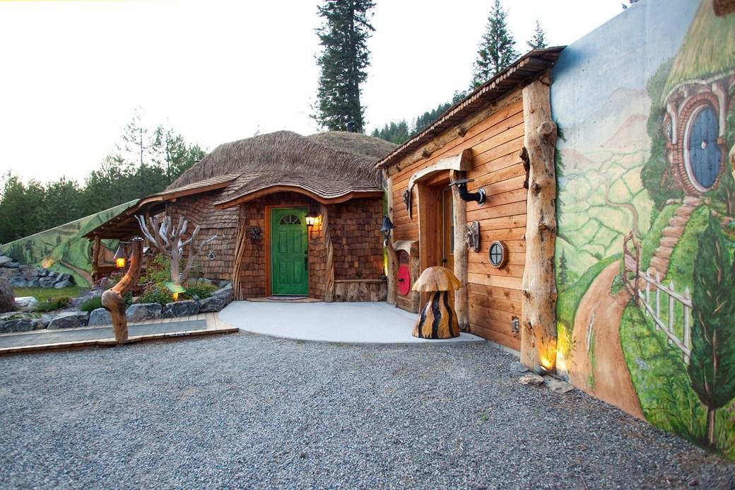 Casa de Visitas, Trout Creek