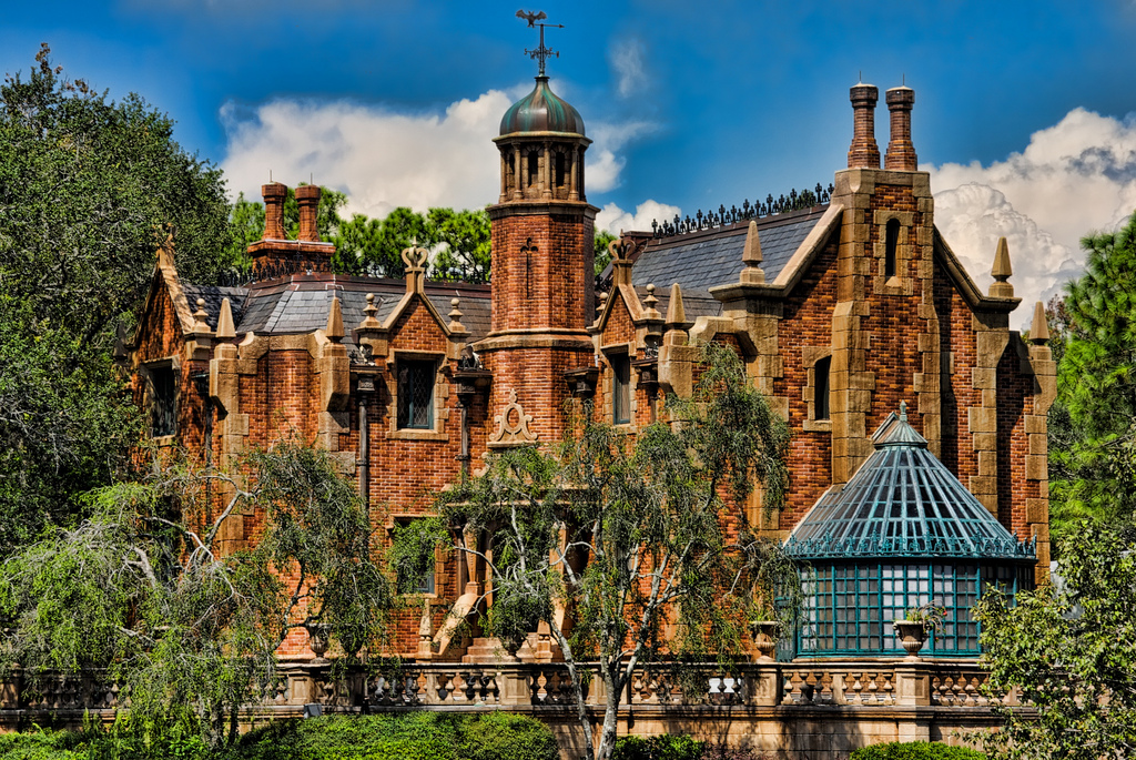 Haunted Mansion – Magic Kingdom