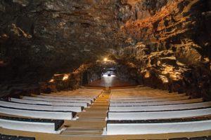Que tal um passeio em Cueva de Los Verdes, Ilhas Canárias?