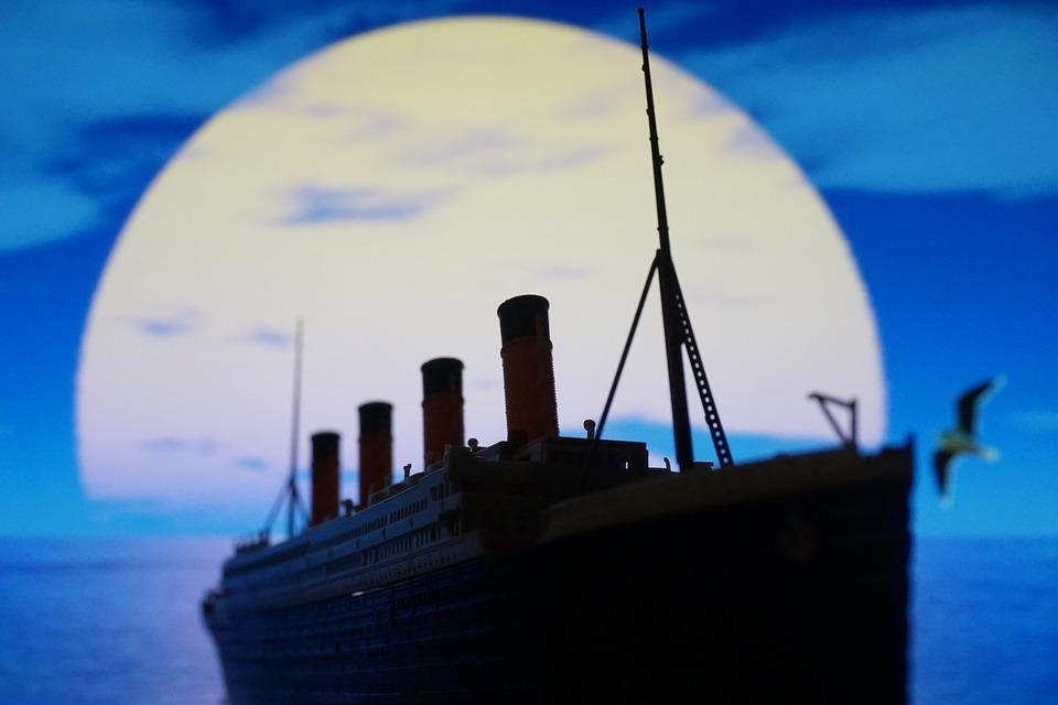 Que tal uma viagem aos destroços do Titanic?