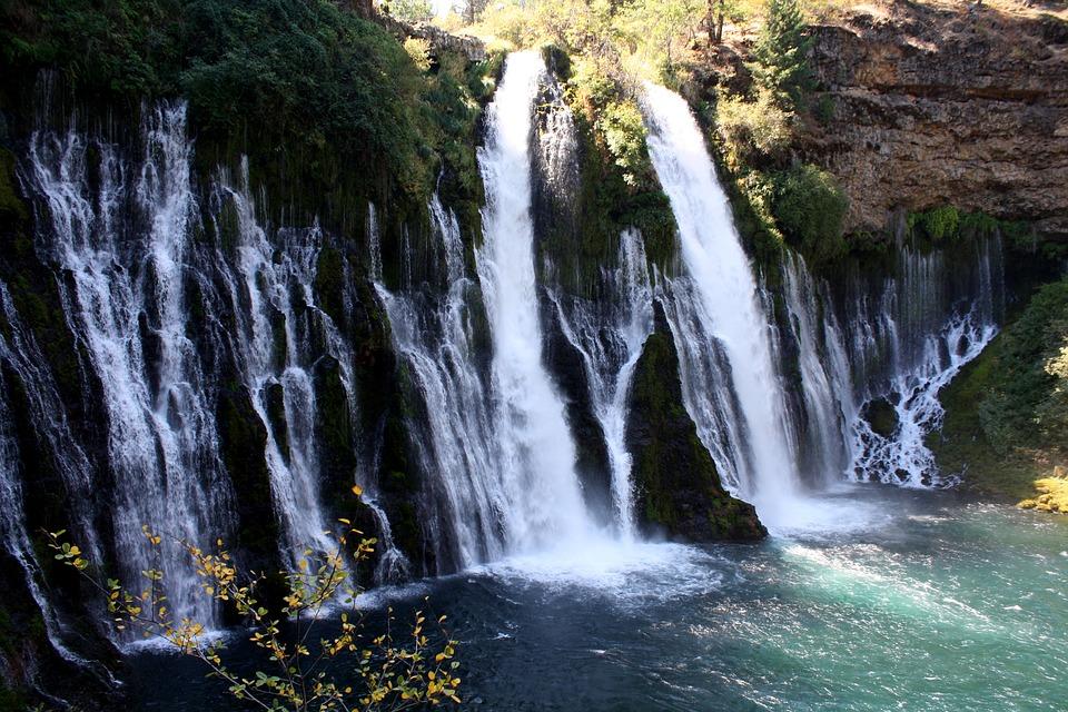 6 cataratas fascinantes ao redor do mundo