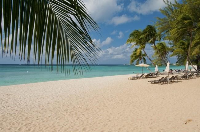 Ilhas Cayman, Seven Mile Beach (Praia das Sete Milhas)