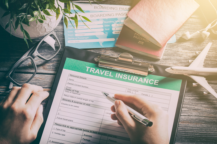 A principal diferença entre seguro e assistência de viagem é a forma de utilizar o serviço